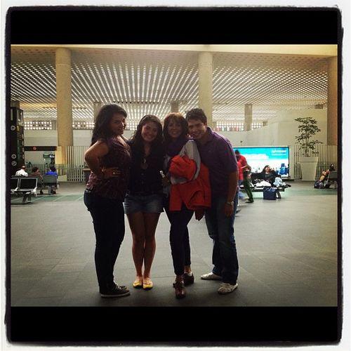 Mom Airport Imissyou Porfinencasa