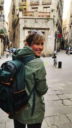 Traveller Travel Traveling Tourist Girl Woman Green City Urban Barcelona