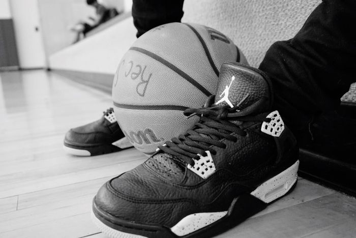 I wanna be like mike.🏀 Shoe Human Body Part One Person Real People Focus On Foreground Pair Lifestyles Human Leg Close-up Low Section Men Indoors  Women Sport Wearing Day Canvas Shoe Adults Only People Adult Sony A6000 Michaeljordan