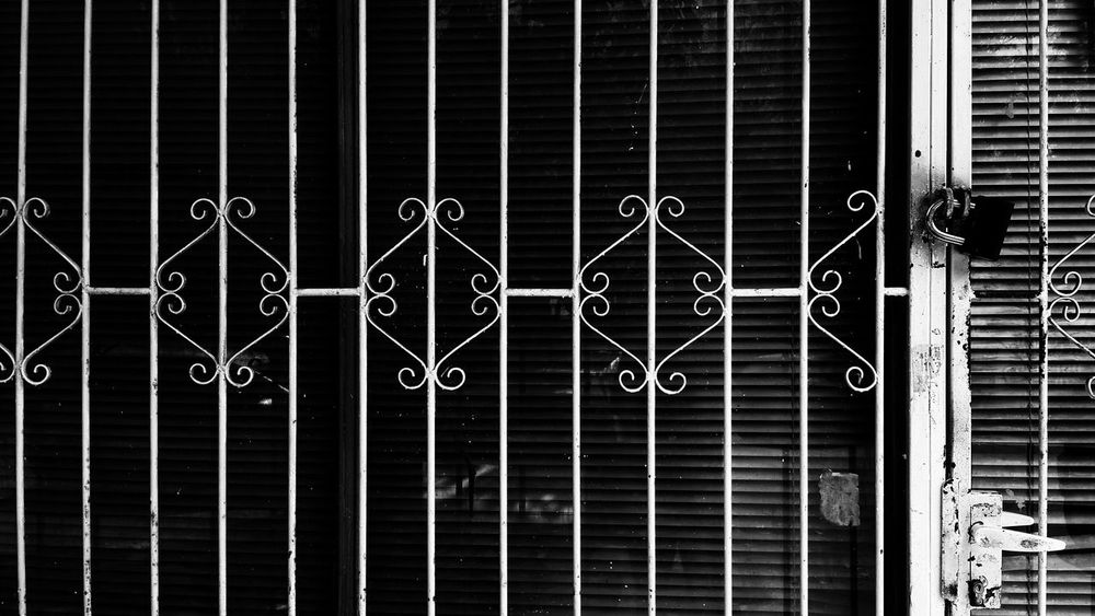 Ramat Gan No People Streetphotography Blackandwhite Photography Urban Geometry City Exterior Store Exterior Closed Door Closed For Business Locked Lock