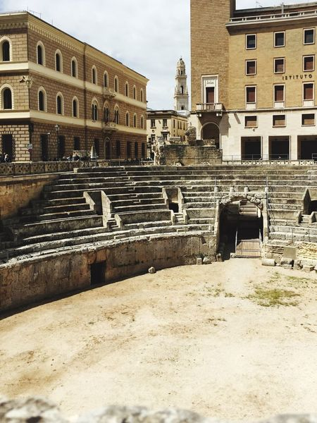 The Architect - 2016 EyeEm Awards Lecce Anfiteatro Roman Storic Vecchioenuovo Anticoemoderno Pietra Mattoni Architecture Archeology Hystory Pastandpresent Ierieoggi Yesterdayandnow