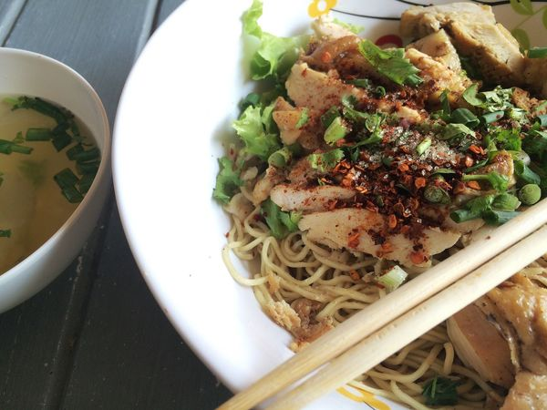 Thai noodle style Ready-to-eat Food Food And Drink Plate Freshness Healthy Eating Serving Size Indoors  High Angle View Close-up SLICE Bowl Meal Cooked No People Homemade Garnish Spaghetti Serving Dish Day Noodle