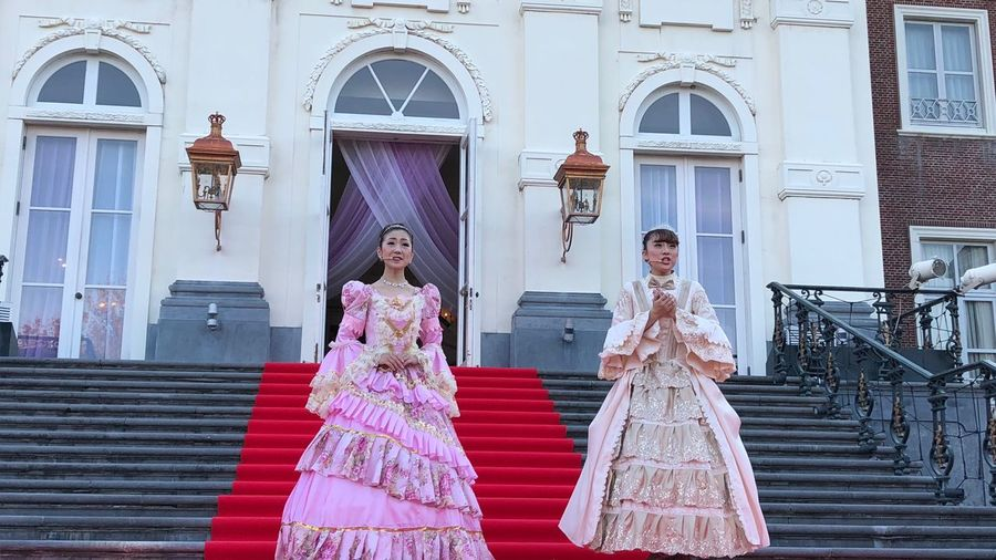 Mini concert, Huis ten Bosch Revue ( ハウステンボス歌劇団 ) at Palace HUIS TEN BOSCH( Sasebo, Nagasaki ) : iPhone 8 test review pinch zoom 50mm Handheld 16:37 Stage Photography Stage - Performance Space October2018 Revue ふたり IPhone 8 16:9 Crop IPhoneography Testing Tesing, 1 2 3 ハウステンボス Huis Ten Bosch Revue ( ハウステンボス歌劇団 ) Red Carpet Architecture Built Structure Religion Building Belief Women Building Exterior Low Angle View Place Of Worship Staircase Adult Revue