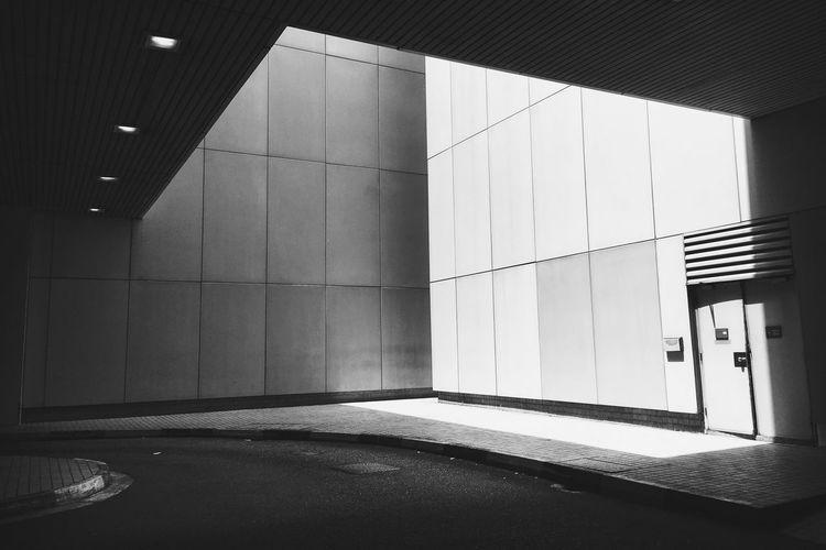 Monochrome Photography Embrace Urban Life
