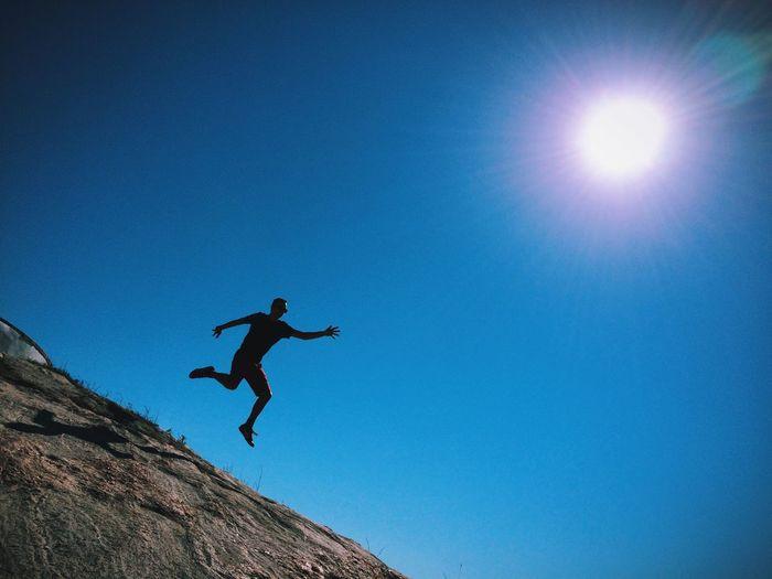 Sun chaser... AMPt_community Shootermag Jump Landscape