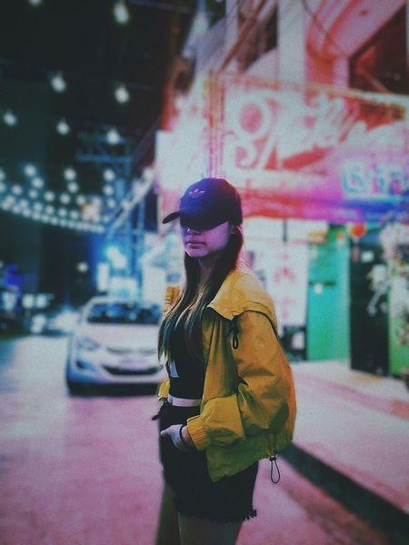 neon catcher Neon Neonlights Street Streetphotograpy Manila Makati MNL Philippines