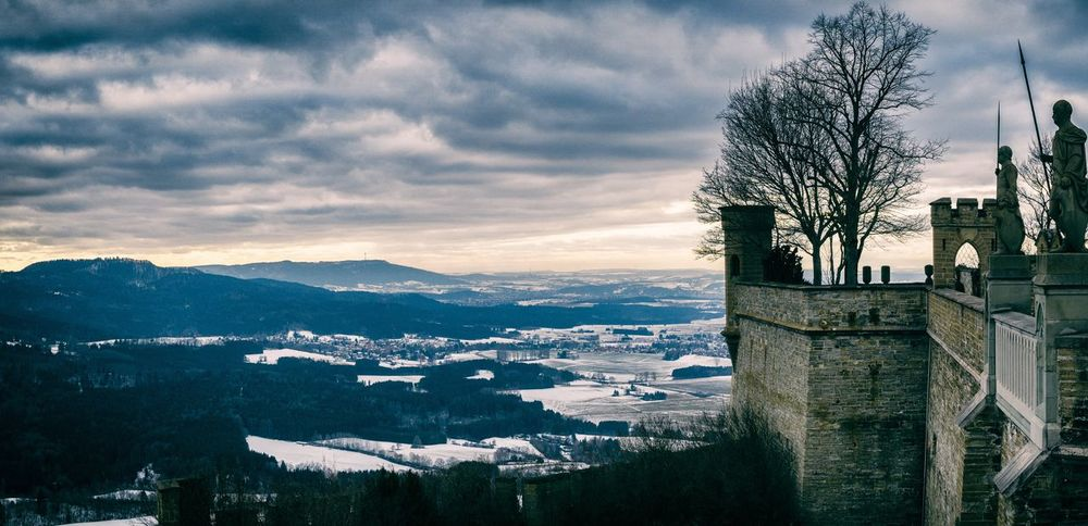 Burg Hohenzollern Castle Club Germany History Hohenzollern  Keeper Knights Looking Out Medieval Mountain Sentimental Sky Snow Statues Travel Destinations Walls Watchman Winter