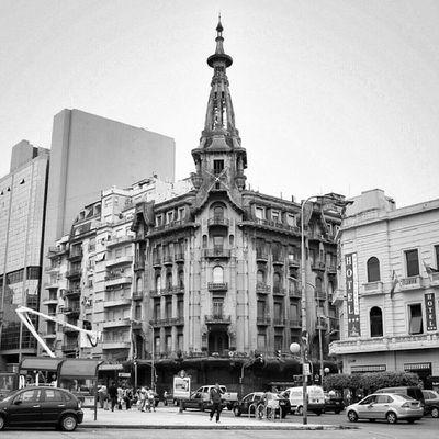 La #confiteria del Molino avec son architecture entre néoclassisme et art nouveau #Buenosaires #argentina Bnw_wonderful Blacknwhite_perfection Argentina Bnw_demand Streetphotography_bw Photowall_bw Street_bw Bnw_universe Buenosaires Photowonderful_bw Bws_worldwide Cs_mono Bwmasters Bnw_globe Bwstyles_gf Bnw_guru Rebel_bnw Insta_bwgramers Irox_bw Bw_france Insta_bw Gi_bnw Bw_crew Bws_eu Ic_bw Ig_photoflair_bw Most_deserving_bw Confiteria Bw_shotz