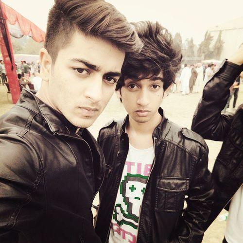 Fete Fun Frndz MIB Pahadis Selfie 😉
