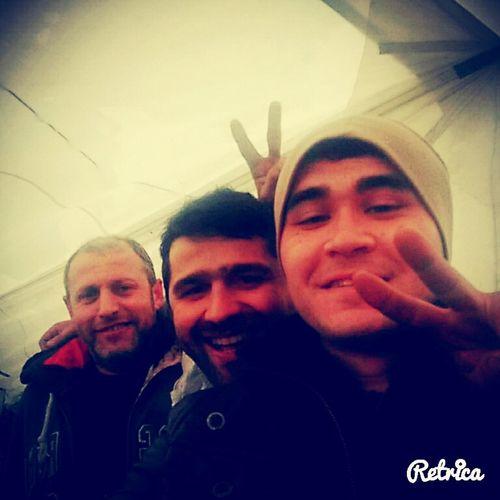 3 kafadar :)