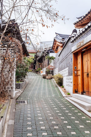 Architecture Day Exterior Footpath House Leading Narrow Outdoors Sunlight Walkway