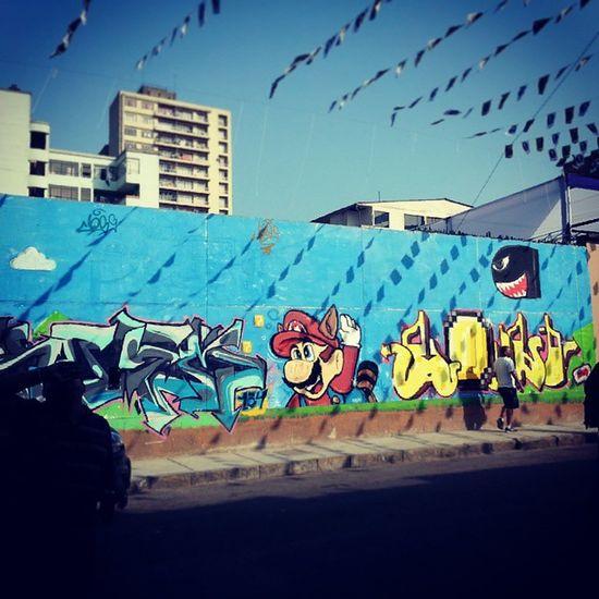 Caminando por las calles del centro de lima me encontre con este excelente mural de Super Mario Graffitti Arteurbano UrbanART Igersperu streetphotoperu supermario mariobros nintendo game style lima peru