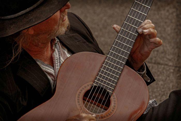 Classicalguitar Master Performer  Guitarist Guitar PlayingGuitar Streetphotography
