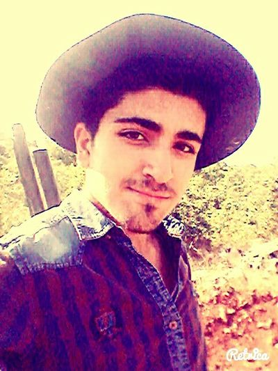 That's Me Hanging Out Hunting Hat Selfie ✌ Smile Eyes People Happy People My Face