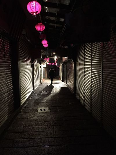 Check This Out Hello World Taking Photos Takeawalk  Hanging Out Iphone6 Smartphonephotography Capture The Moment IPhoneography Taking Photos IPhone Streetphotography Everybodystreet That's My Wife Jiufen Taiwan Chinese New Year