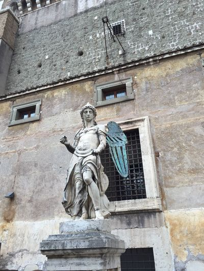Castel Sant'Angelo Statue Sculpture Human Representation Low Angle View Architecture Building Exterior Built Structure No People Outdoors Day Rome Italy🇮🇹 Ancient Civilization Snap Everywhere Castel Sant'Angelo