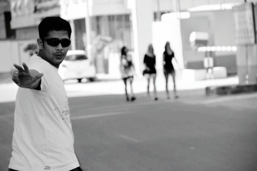 B&w Street Photography Hunk Today's Hot Look Its Me Looks Picturing Individuality Sexyboy Beautiful Nature Hotboy Light And Shadow Light Hope Light Up Your Life