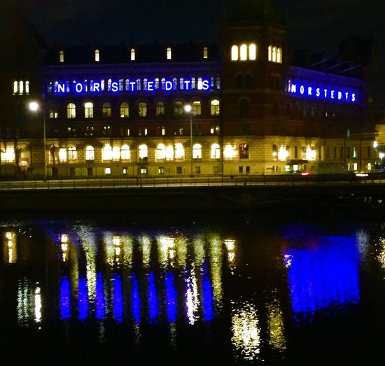 Waysofseeing Night Reflection Illuminated Water No People Building Exterior Built Structure Architecture City Outdoors Sky Historical Buildings EyeEm EyeEmBestPics Eye4photography  EyeEm Best Shots Capital City Stockholm, Sweden Reflection History Old Town From My Point Of View Eyem Best Shots History Through The Lens  Blue