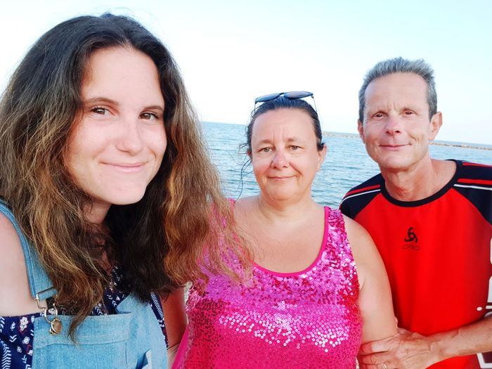 Portrait Smiling Men Togetherness Cheerful Happiness Group Of People Looking At Camera Women Beach