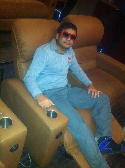Enjoying Life Check This Out That's Me Watching 3D Movie