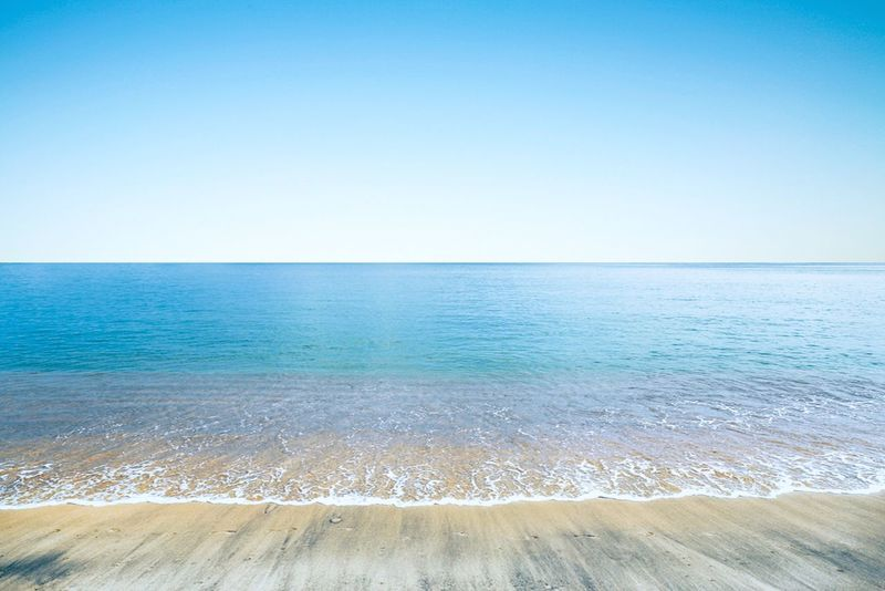 Beach Beach Sand Water Sky Blue Blue Sky Waterline Sea Seascape Seaside Holiday Bright Sunny Sunny Day Tide Tides Ocean Warm Summer Vacation Relaxing Leisure No People Empty Horizon