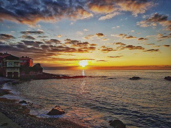Sunset Sky Orange Color Nature Cloud - Sky Beauty In Nature Sea Beach Dramatic Sky Sun Water Tranquility Outdoors Turkey Türkiye Giresun Tirebolu Barabut No People LoveNature 🌼 Calmness Life's Simple Pleasures...