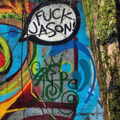 chatcenter.me/chadspacey#graffiti #streetart #sprayart #graff #tagger #paint #spraypainting #street #catchatag #urban #urbanart #graffitiart #instart #instagraffiti #graffitiporn #graffitistreet #graffitibombing #ilovegraffiti #streetphotography #urbangardenersrepublic