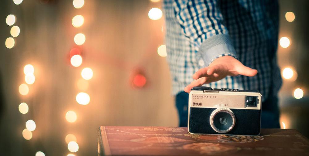 Analogic Analogicphotography Camera Christmas Filmcamera Getting Inspired Go On  Holding Kidgrabingcam Kids Kodak Instamatic 133 Kodak Instamatic 33 Letsgo Letsplay Niño Oldcamera Retro Xmas