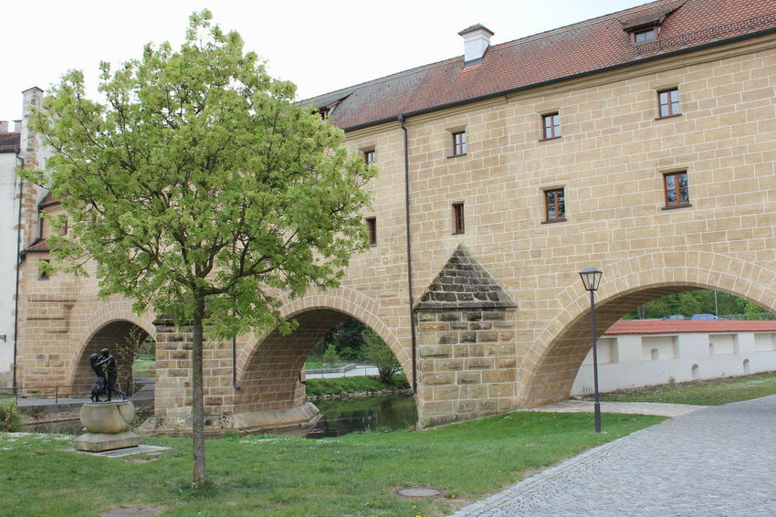 Amberger Stadtbrille Amberg Amberg In Germany Amberger Stadtbrille Arch Architecture Building Building Exterior Built Structure Day Grass History House Lawn Nature No People Outdoors Plant Residential District The Past Tree Window