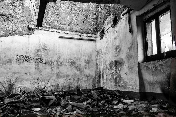Popular Photos Old House Old Room  Abandoned Abandoned Buildings