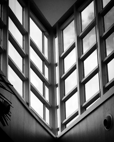 Window Indoors  Architecture Built Structure No People Full Frame Pattern