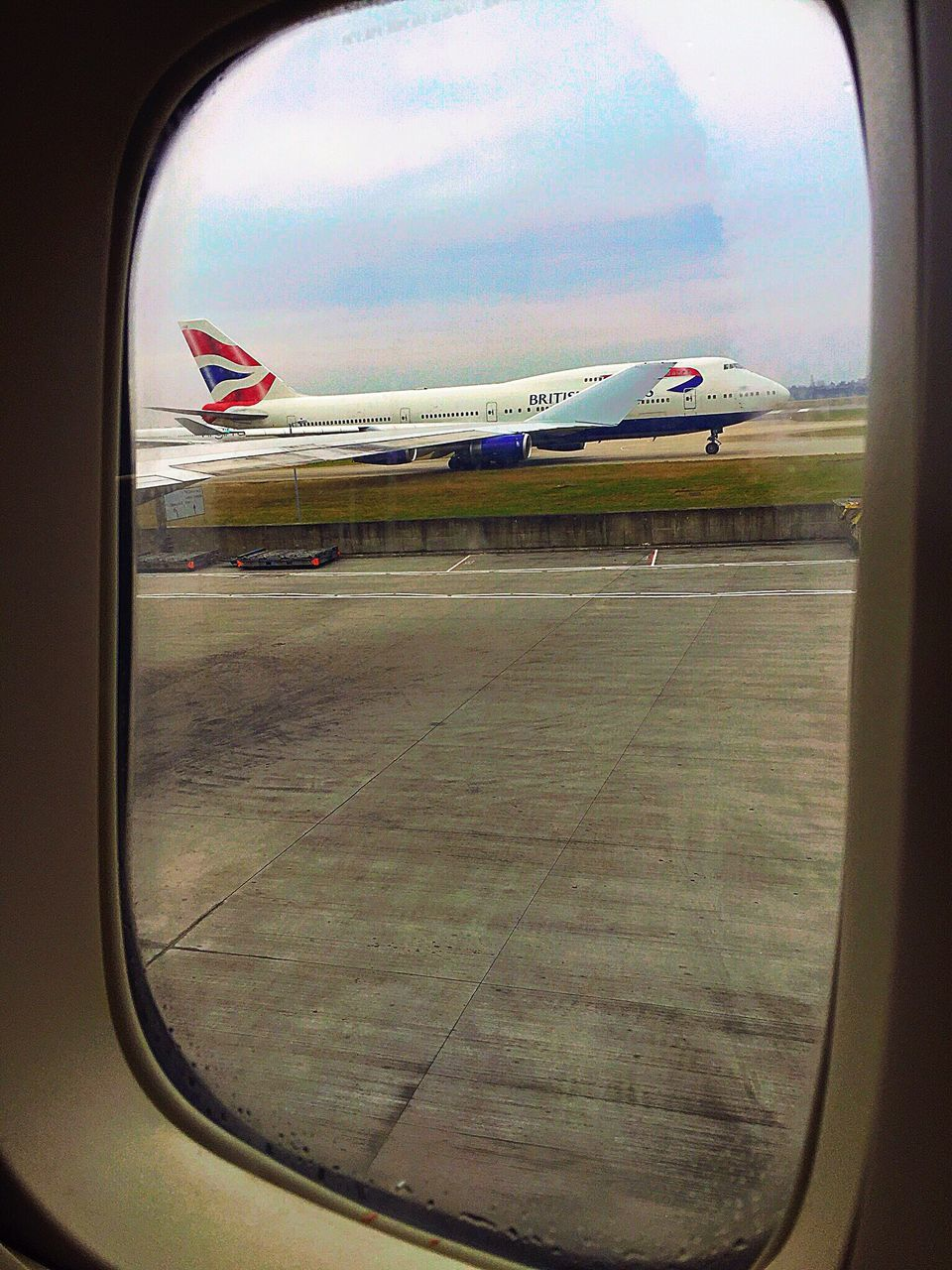 airplane, transportation, window, runway, mode of transport, journey, air vehicle, travel, airport, sky, no people, day, flying, airport runway, airplane wing, commercial airplane, indoors