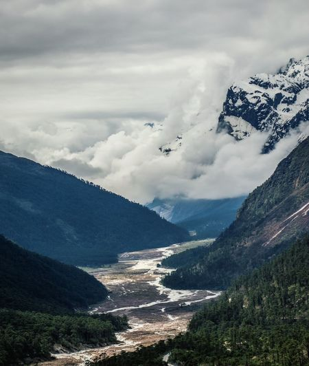 The mesmerizing Yumthang Valley, North Sikkim Sikkim Sikkimdiaries Yumthang Valley Nature Incredible India Picoftheday Beautiful View