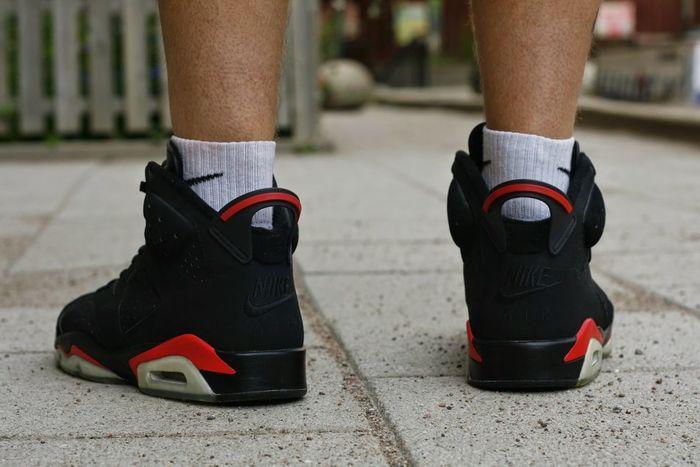 """Air Jordan 6 retro, """" 2000."""" Sneakers Addict My Favorite Sneakers Airjordans Walking Around"""