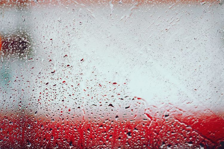 Waterdrops Raindrops On My Window Rainy Days Windshield Feel The Journey Original Experiences City Life See Through The Camera Blurred Background Red Color Transperancy Glass Windows Mumbai Meri Jaan From My Point Of View Waterdropsphotography Showcase July Color Of Life The Drive