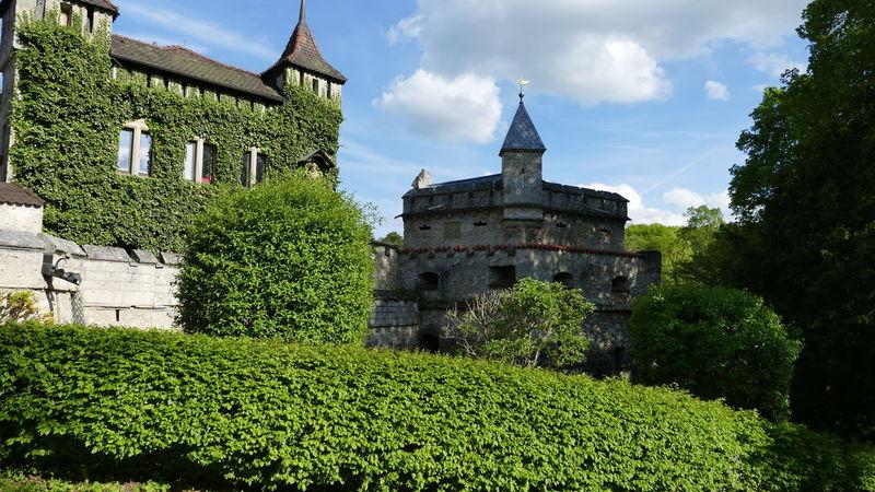 Architecture Baden-Württemberg  Castle Day Deutschland EyeEm Best Shots EyeEmNewHere GERMANY🇩🇪DEUTSCHERLAND@ Grass Green Color History Nature No People Outdoors Schloss Lichtenstein Sky Tree