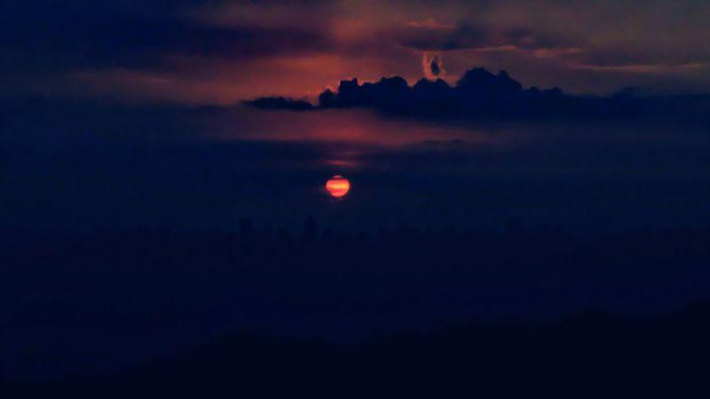 LG G4 MANUAL adobe express sunset #sun #clouds #skylovers #sky nature beautifulinnature naturalbeauty photography landscape Itsfuninthephilippines Taking Photos Lgg4photography Photography LGG4manual Dimskies Darkside Darksunset Deepblue
