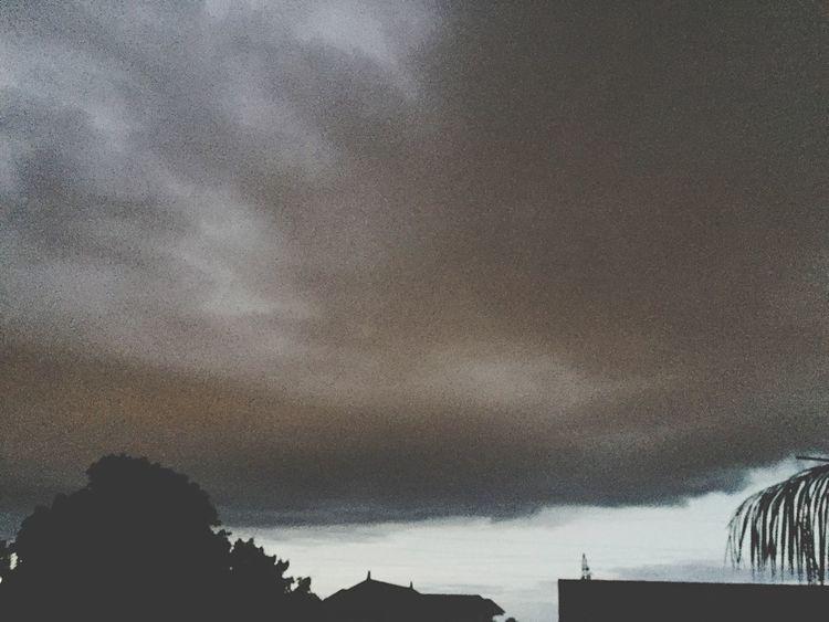 Darkclouds Saint-Denis Home