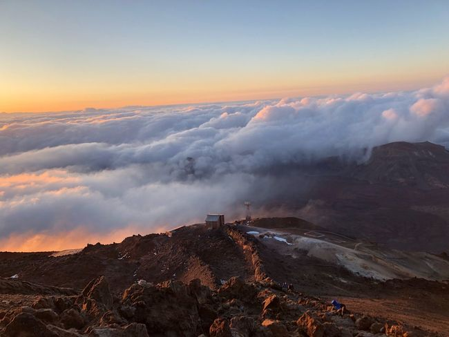 Sunrise at 3600 m 🇪🇸 Volcano Teide Tenerife Nofilter Teide National Park SPAIN Sunrise Sky Beauty In Nature Mountain Scenics - Nature Environment Tranquil Scene Nature Cloud - Sky Tranquility Landscape High Angle View Idyllic Outdoors