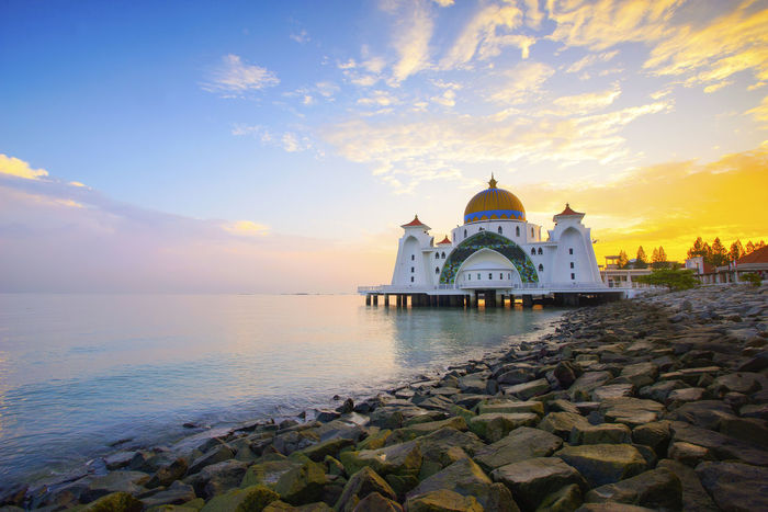 Beautiful Morning over Majestic Straits Mosque, Malaysia. Architecture Building Exterior Built Structure Cloud - Sky Dome History Malacca,malaysia Malaysia Nature Place Of Worship Reflection Religion Scenics Sea Shore Sky Spirituality Sunset Tourism Tranquility Travel Destinations Water ~