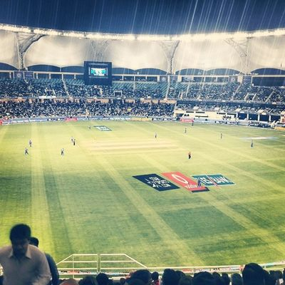 the atmosphere is amazong PepsiIPL Ipl Cricket Dubai baI