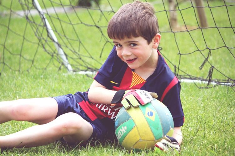 Learn & Shoot: Working To A Brief Childhood Memories Youth Of Today Fans Inspiring Football Fans Passion Sports My Son :) Enjoying Life Football Fever