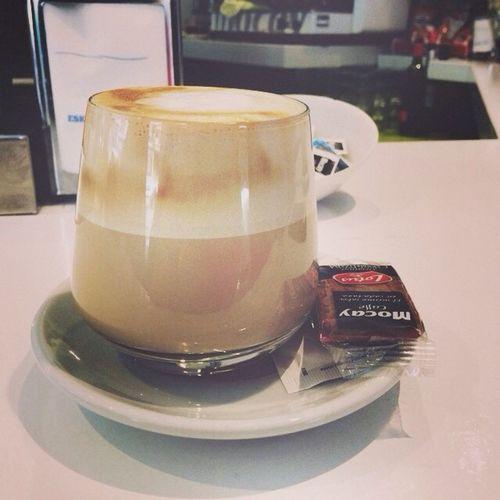 Café bien puesto...
