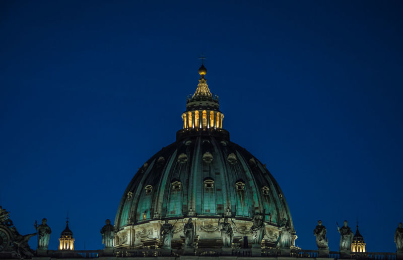 City San Pietro In Vaticano Architecture Rome Italy My Home Night Blue Nikonphotography Nightphotography Moments VaticanCity Basilica Di San Pietro In Vaticano Contrasts Building Exterior Cupola Di San Pietro San Pietro