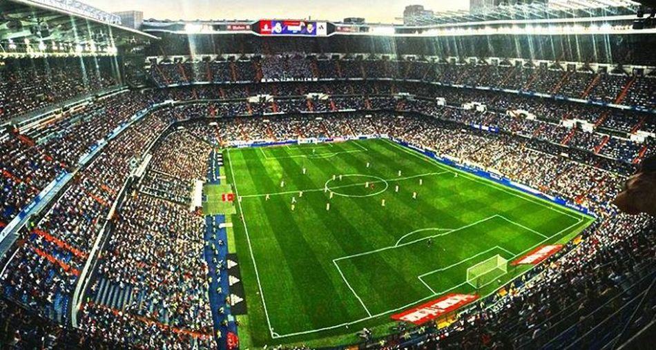 Santiago Bernabéu Stadium Real Madrid C.F. Real Madrid Vs Villarreal Football Stadium Football First Eyeem Photo Colors Green Color Green Playing Field in Madrid