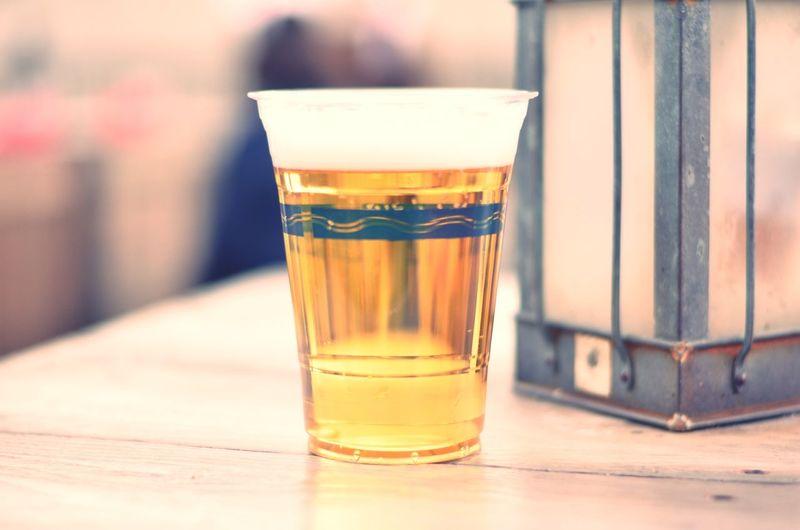 ディズニーシーでビール撮ったけど、なんかイケてない🍺 Beer Beers Drinking Beer Alcohol ビール 😚 Cheers Cheers! Drinks Drink Eye4photography  EyeEm Best Shots EyeEm EyeEmBestPics EyeEm Gallery EyeEm Best Edits Eyemphotography EyeEmbestshots Nikon Nikonphotography Nikon D7000 50mm 微妙 Subtle 練習中