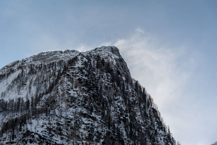 Erve Erve Miozzo Photo Miozzo Mountain Peak Snowcapped Mountain Rock - Object Tranquility Solid Winter No People Tranquil Scene Cold Temperature Rock Snow Beauty In Nature Nature Mountain Sky Scenics - Nature Formation Non-urban Scene Day Outdoors