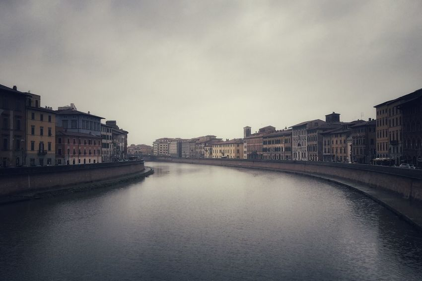 Lungarno | Lungarno Arno  River Pisa Getting Inspired Showcase: January New Year Around The World The Architect - 2016 EyeEm Awards Architecture Cloudy Day EyeEm Italy |