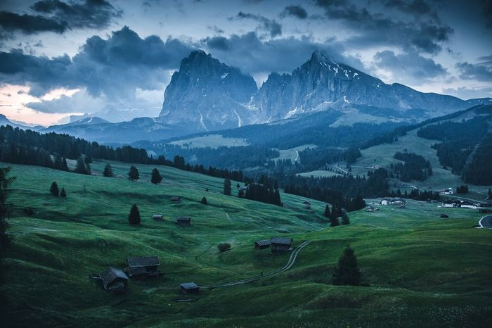 Alpe de Siusi Landscape Sky Scenics - Nature Environment Beauty In Nature Mountain Plant Cloud - Sky Land Mountain Range Nature Field Tranquil Scene Green Color Tranquility Growth Rural Scene Tree Agriculture Crop