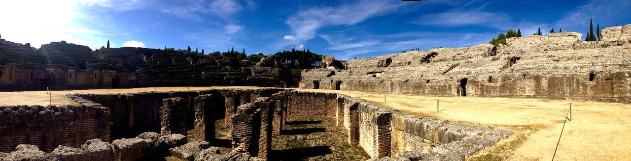 Ruinas Italicas (Santiponce) Taking Photos Hello World
